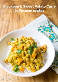 Sweet Potato Chickpeas Curry in the Slow Cooker! #slowcooker #crockpot
