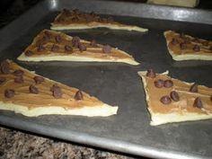 peanut butter chocolate chip croissants
