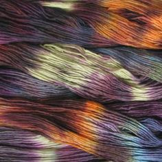 STUNNING yarn