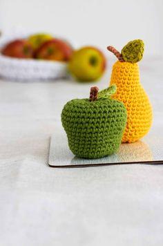 Apfel und Birne selbst gehäkelt
