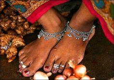 Indian feet; jhanjars and toe rings