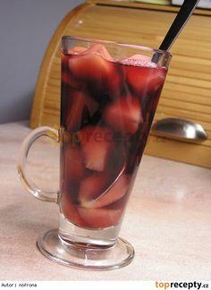 Svařák s jablíčky Moscow Mule Mugs, Shot Glass, Smoothies, Drinks, Tableware, Smoothie, Drinking, Beverages, Dinnerware