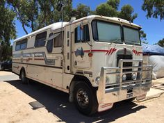 Kenworth bus conversion Rv Truck, Truck Camping, New Trucks, Custom Trucks, Cool Trucks, Bus Motorhome, Motorhome Conversions, Rv Motorhomes, Vintage Caravans
