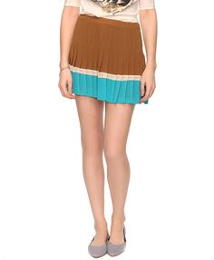 Love this as a more subtle way to do color blocking! Pleated Colorblocked Skirt (Forever 21)