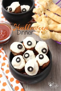 We have so much fun with Halloween food! This is an easy Halloween dinner idea that the whole family eats and loves!