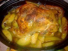 Υλικά  1 κοτόπουλο  1 φλιτζάνι τσαγιού κιμάς  1 πακετάκι κουκουνάρι  6-7 κάστανα βρασμένα και κομμένα σε κομματάκια ... Pork, Turkey, Chicken, Meat, Cooking, Greek, Christmas, Kitchens, Kale Stir Fry