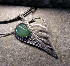 Wire Wrapped Jewelry, Wire Jewelry, Pendant Jewelry, Jewelry Crafts, Jewelery, Metal Clay Jewelry, Steel Jewelry, Soldering Jewelry, Art Nouveau Jewelry