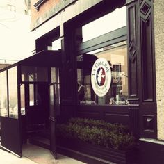 La Colombe, TriBeCa, New York. Serving the best cup of coffee on the planet!