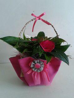 Porta panettone in juta con fiori in stoffa  Le creazioni di Gio  Pinterest