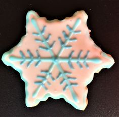 I am a full time Real Estate Broker in Toronto. Making these holiday cookies gives me great creative outlet. Snowflake Cookies, Holiday Cookies, Creative Outlet, Give It To Me, How To Make, Selling On Ebay, Snowflakes, Toronto, Real Estate