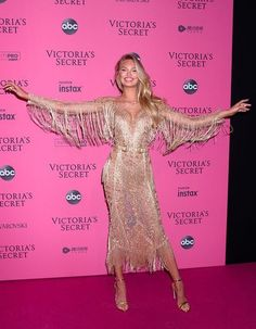2018 Victoria Secret Fashion Show Afterparty Arrivals November 9 2018 Romee Strijd - March 16 2019 at Victoria Secret Angels, Victoria Secret Fashion Show, Victoria Secret Pink, Victorias Secret Models, Winnie Harlow, Victoria's Secret, Fashion Models, Fashion Outfits, Womens Fashion