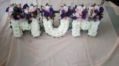 African Style, African Fashion, Modern Floral Arrangements, Funeral Tributes, Funeral Flowers, Pitch, Creative Ideas, Wreaths, The Originals