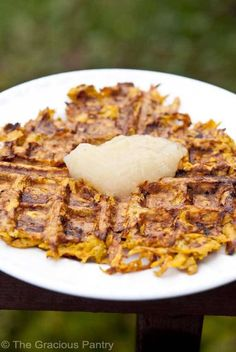"""Clean Eating Sweet Potato Waffles - GF & Paleo - I used smoked paprika, ground pepper & onion granules instead of the cinnamon & nutmeg to make """"buns"""" for a chicken club sandwich. It was amazing! Clean Eating Breakfast, Paleo Breakfast, Real Food Recipes, Cooking Recipes, Healthy Recipes, New Recipes, Tasty Vegetarian, Paleo Vegan, Clean Eating Recipes"""
