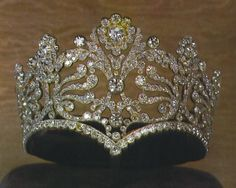 French Tiara given to Josephine by Napoleon I LOVE THIS CROWN!!!!!!!!!!!!!!