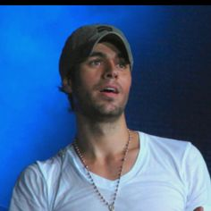 Enrique...just to think you could have kissed him!!!