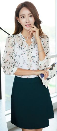 StyleOnme_Diagonal Hem Skort #green #skirt #summer #look #koreanfashion #chit…