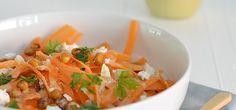 Kruidige wortelsalade met tahin dressing - Uit Paulines Keuken