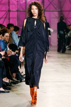 Ellery Spring 2017 serving sloppy with no pockets. Is she not looking so over-it?