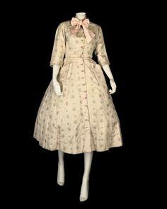 Dress    Pierre Balmain, 1954    Manchester City Galleries