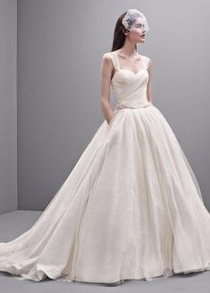 Vera Wang Taffeta and Tulle Wedding Dress PreOwned Wedding Dress on Sale