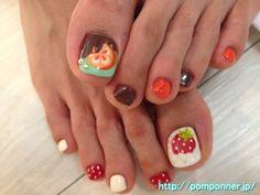 イチゴミルクのフットネイル  Foot nail of strawberry milk
