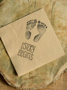 The Story Begins Baby Shower Footprints Light por CharlestonCharms