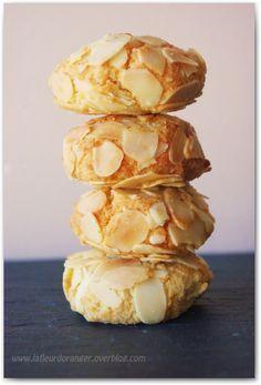 Petits gâteaux aux amandes éffilées : Pâtisserie marocaine - Ma fleur d'oranger