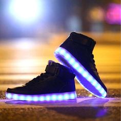 Qualité Absolue Adidas Chaussures Lumineuses Modèles De Couples