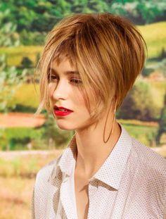 信じられないほどの短い髪のフランスの熟女