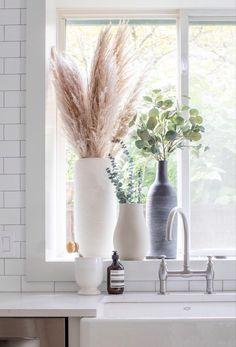Window Ledge Decor, Interior Window Sill, Kitchen Window Sill, Bedroom Windows, Living Room Windows, Rental Kitchen Makeover, Lounge Design, Residential Interior Design, Shelfie