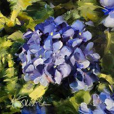 Hydrangea is an original oil painting by Lancaster, Pa artist Kim Smith #originalart #oilpainting #hydrangea #homedecor #floral