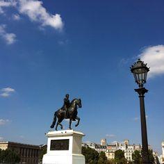 #squareduvertgalant #iledelacité #HenriIV #statue #ciel #sky #paris