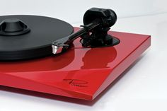 The Paris Turntable from Oracle Audio, creating audio bliss!