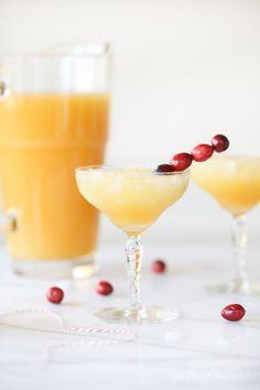 Merry Mai Tai recipe | crowd pleasing Christmas cocktail recipe #Christmas #christmasrecipe