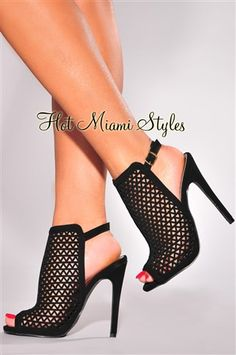 Black, laser cut high heel booties in a cage - women .- Black, laser cut high heel booties in a cage, cut - Hot Heels, Shoes Heels Wedges, Lace Up Heels, Women's Shoes, Golf Shoes, Talons Sexy, Studded Heels, Black High Heels, Stiletto Heels