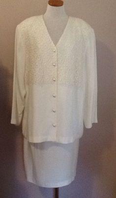 Ivory Vintage VIKKI VI Lace Trim Pearl Button Skirt Suit Size 16 #VIKKIVI #SkirtSuit