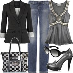 A great Casual Friday outfit for work! I have always loved a black blazer with jeans:) Black Blazer With Jeans, Blazer Jeans, Faded Jeans, Fashionista Trends, Mode Outfits, Fashion Outfits, Womens Fashion, Office Outfits, Chic Outfits