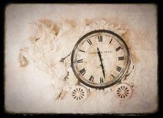 vanha kello tuunattuna....