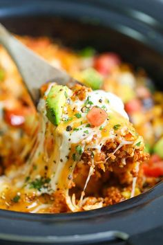 Slow Cooker Quinoa Enchilada Casserole - SKINNY, lightened up and healthy enchilada bake! Made right in the crockpot! So cheesy and yet guilt-free! Crockpot Enchilada Casserole, Slow Cooker Enchiladas, Enchilada Bake, Healthy Crockpot Recipes, Slow Cooker Recipes, Cooking Recipes, Slow Cooking, Crockpot Meals, Chicken Quinoa Recipes