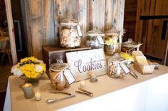 www.weddingomania.com 25-cute-cookie-bar-ideas-for-your-wedding