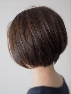 Pin on ショートボブ Haircuts For Medium Length Hair, Thin Hair Haircuts, Short Bob Haircuts, Curly Hair Cuts, Medium Hair Cuts, Short Hair Cuts, Medium Hair Styles, Short Wavey Hair, Korean Short Hair