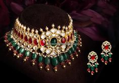 Fulfill a Wedding Tradition with Estate Bridal Jewelry Indian Wedding Jewelry, Bridal Jewelry, Beaded Jewelry, Gold Jewelry, Gold Necklace, Chocker Necklace, Indian Bridal, Earrings, Trendy Jewelry