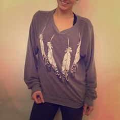 Wildfox Jumper Wildfox slouchy pullover - super soft material! Only worn a few times. Wildfox Sweaters Crew & Scoop Necks