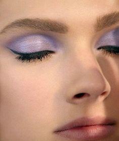 Dark Queen, pastel eye | Autumn queen hair inspiration | Pinterest ...