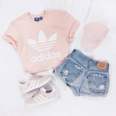 Uploaded by More Dipolitto. Find images and videos about fashion, pink and outfit on We Heart It - the app to get lost in what you love. Cute Lazy Outfits, Cute Outfits For School, Teenage Girl Outfits, Girls Fashion Clothes, Teen Fashion Outfits, Pretty Outfits, Stylish Outfits, Trendy Teen Fashion, Fresh Outfits