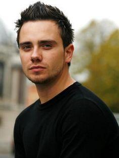 Jamie Yeates [Marcus Flint] Damn he's hot!!