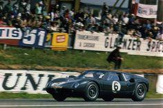 Jaguar E Lightweight Revell - 24 heures du Mans 1963 Sports Car Racing, F1 Racing, Slot Cars, Race Cars, My Dream Car, Dream Cars, David Hobbs, Jaguar Type E, 24h Le Mans