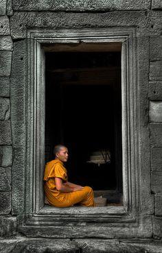 illusionsperdues:    Izidor Gasperlin    Buddhist monk in stone doorway, Angkor Wat