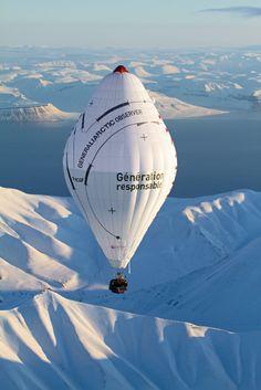 La traversée du Pôle Nord en ballon   de Jean-Louis Etienne  Photo: Francis Latreille