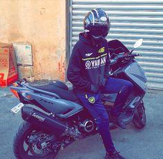 Tmax Yamaha, T Max 530, Motorcycle, Bike, Art, Motorbikes, Snapchat Ideas, Beautiful Men, Handsome Guys